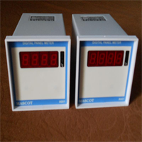 Digital Temperature Indicator & Controller
